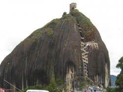 Камень высотой в 200 метров