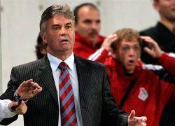 Накануне матча со шведами Гуус Хиддинк увлекся дезинформацией