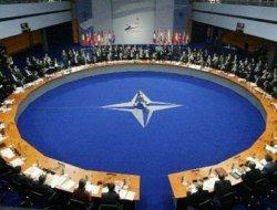 НАТО призывает РФ сотрудничать с США по ПРО