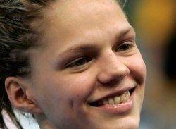 15-летняя пловчиха побила пять российских рекордов