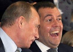 ТВ не помогло Медведеву: он так и не стал политиком номер один