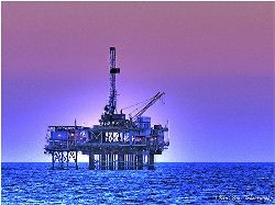 Запрет на добычу нефти в США не спасет от мирового кризиса