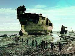 Что происходит с кораблями, когда они становится слишком стары?
