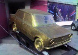 Компания Mike Dunlap увековечивает автомобили в золоте