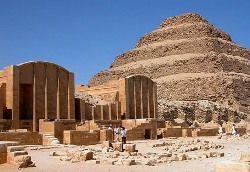 Египетские археологи уточнят размеры самой старой египетской пирамиды