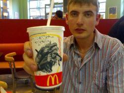 """Мужчина похудел на 36 кг, питаясь в \""""Макдональдс\"""""""