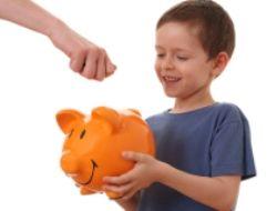 Как научить ребнка обращаться с деньгами.