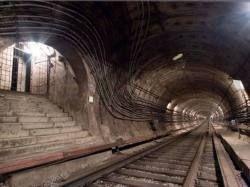 Минтранс: В Москве необходимо строить параллельные линии метро