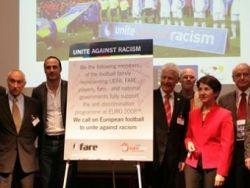 Капитаны сборных - полуфиналисток Евро-2008 выступят против расизма