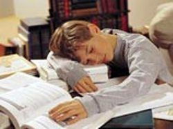 """Ночь с учебниками не """"повышает"""" оценки"""