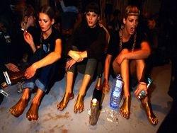 Фотографии Volker Hinz из-за кулис мира моды