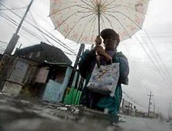 Жертвами тайфуна Фэншэнь на Филиппинах стали 229 человек