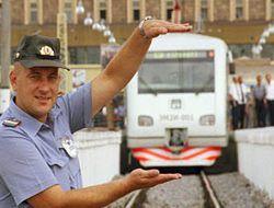 Всем железнодорожникам внепланово повышают зарплату