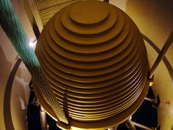 728-и тонный стабилизационный шар небоскреба Taipei 101