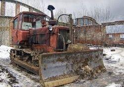 В Петербурге бульдозерист, которому не дали прикурить, снес бытовки