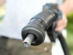 Цена на бензин выросла до 30 рублей за литр