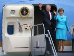 Из-за визита Джорджа  Буша в аэропорту Хитроу пострадали 40 тысяч пассажиров