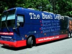 """В США стартовал автобусный тур \""""Наследие Буша\"""""""