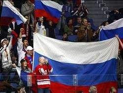В столице раскупили все флаги России