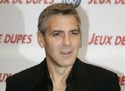 Джордж Клуни призвал политиков оказать давление на власти Мьянмы