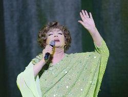 Эдита Пьеха даст последний концерт в июле