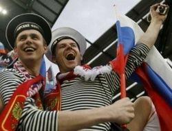 Московские власти уважают болельщиков, боятся оппозиционеров и опасаются геев