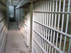 Американский заключенный вышел на свободу голым
