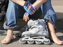 Роджер Адамс превратил кроссовки в ролики и заработал на этом миллионы