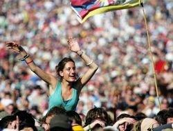 В Англии стартовал крупнейший в мире рок-фестиваль