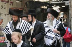 В Нью-Йорке чернокожие забросали камнями еврейских школьников