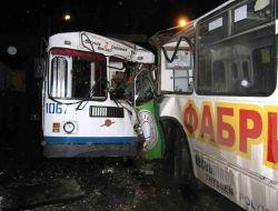 Водителей, мешающих общественному транспорту, строго накажут