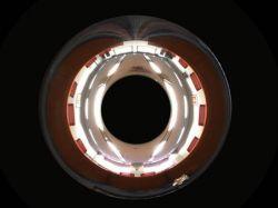 Камера Olympus фотографирует во всех направлениях