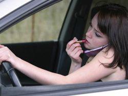 Осторожно, женщина за рулем