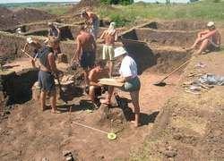Новгородские археологи откопали тюрьму XI века