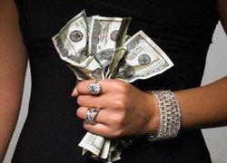 Почему обеспеченные женщины в России неохотно платят за себя