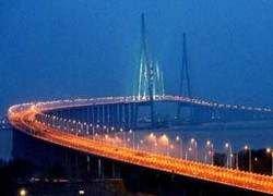 Самый длинный в мире вантовый мост открылся в Китае