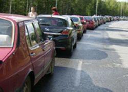 Отдыхающие закрыли границу на въезде в Абхазию