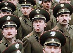 Чего не хватает российской армии? Этикета!