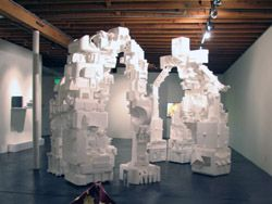 Роботы из пенопласта от Майкла Салтера