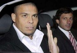 Лучший футболист мира бразилец Роналдо пошел по наклонной