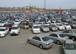 Паника в США: рухнул рынок подержанных авто