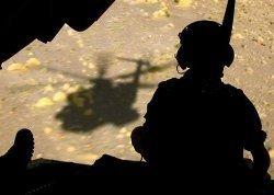 Пентагон увеличивает срок пребывания военных в Афганистане