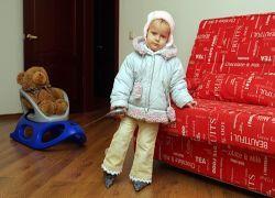 Родителей обязали обеспечить детей жильем