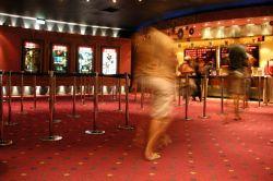 Кинотеатры переходят на электронные билеты