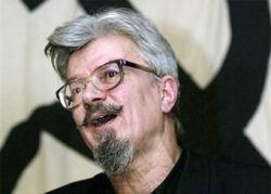 Лимонов предложил отмечать день заключенного