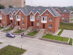 Земля в Подмосковье дорожает быстрее московских квартир