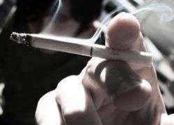 Курильщики больше страдают от боли в спине
