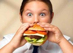 Няни доводят малышей до ожирения?
