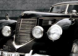 Как советская власть у чиновников автомобили отбирала