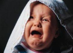 Как реагировать на детскую истерику